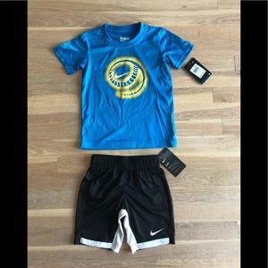 Boys Nike DriFit Matching Set size 4T NWT